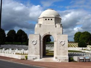 Cabaret_Rouge_British_Cemetery,_Souchez,_France